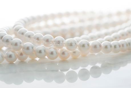 真珠のネックレスの写真素材 [FYI02542776]