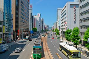 広島市相生通りの街並みの写真素材 [FYI02542888]