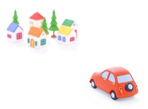 赤い粘土の車と家並みの写真素材 [FYI02559482]