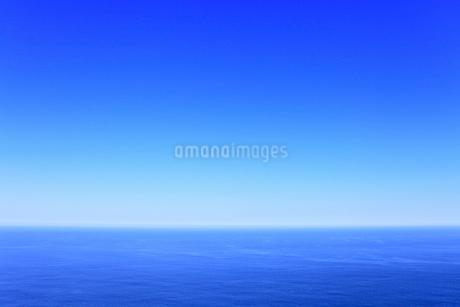 青空と海の写真素材 [FYI02560202]
