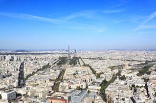 モンパルナス・タワーより望むパリ市街の写真素材 [FYI02560485]