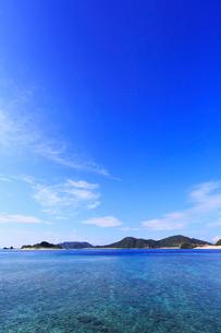 慶良間諸島,座間味島から望む嘉比島の写真素材 [FYI02560768]