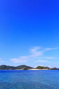 慶良間諸島,座間味島から望む嘉比島の写真素材 [FYI02560874]