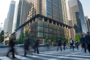 大手町のビジネス街の写真素材 [FYI02563392]