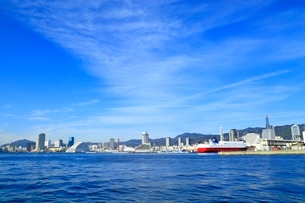 ポートアイランドより神戸市街を望むの写真素材 [FYI02570327]