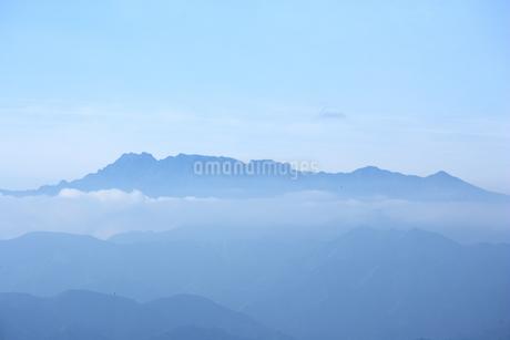 春の石鎚山の写真素材 [FYI02571044]