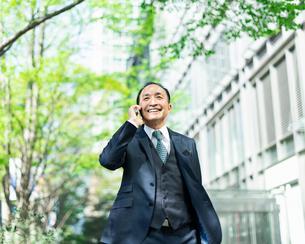 シニアのビジネスマンの写真素材 [FYI02571407]