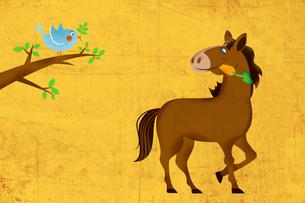 ニンジンをくわえた馬と小鳥 イラストのイラスト素材 [FYI02595615]