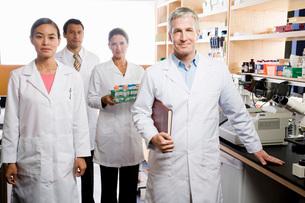 scientists in laboratoryの写真素材 [FYI02599188]