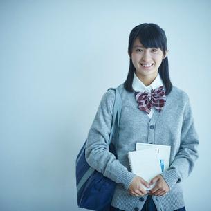 女子学生のポートレートの写真素材 [FYI02616156]