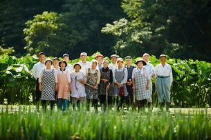 農家の人々集合の写真素材 [FYI02616750]