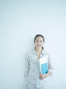 女子大生のポートレートの写真素材 [FYI02617030]