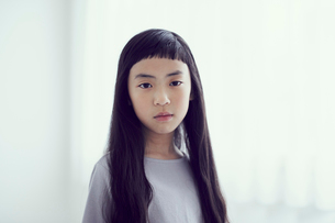 女の子のポートレートの写真素材 [FYI02620297]