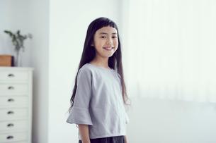女の子のポートレートの写真素材 [FYI02620518]