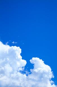入道雲と青空の写真素材 [FYI02622733]