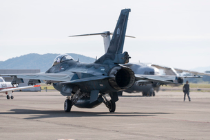 F-2戦闘機の写真素材 [FYI02641268]
