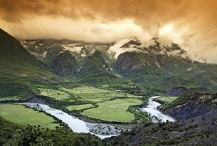 mountains, river, clouds, viewpoint, near Permet, Albaniaの写真素材 [FYI02642346]