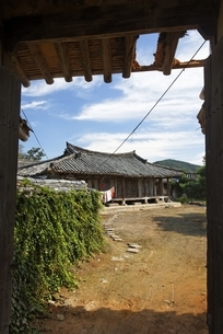Old House of Chungang Go Jeongju, gateの写真素材 [FYI02642440]