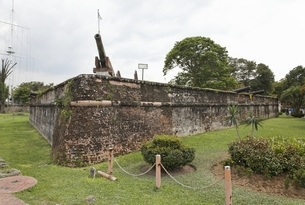 cannon, Serai Rambai, Fort Cornwallis, Georgetown, Penangの写真素材 [FYI02642561]