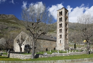 Sant Climent Church, Taull, Vall de Boi, Cataloniaの写真素材 [FYI02642653]