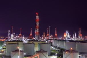 横浜の工場夜景の写真素材 [FYI02642990]