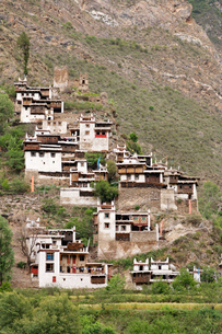 チベット族の村の写真素材 [FYI02643206]
