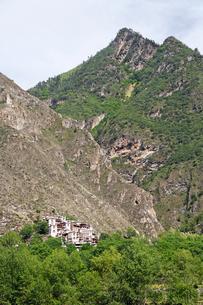 チベット族の村の写真素材 [FYI02643245]