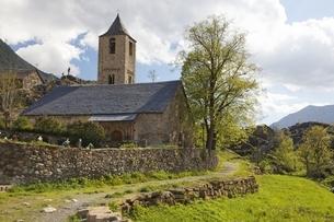 Sant Joan Church, Boi, Vall de Boiの写真素材 [FYI02643246]
