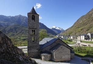 Sant Joan Church, Boi, Vall de Boi, Cataloniaの写真素材 [FYI02643255]