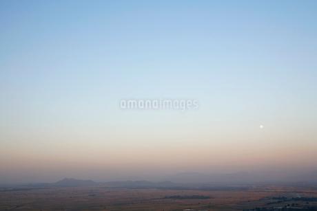 マンダレーヒルから見た夕景の写真素材 [FYI02643302]