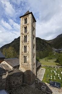Santa Eulalia Church, Erill la Vall, Vall de Boi, Cataloniaの写真素材 [FYI02643324]