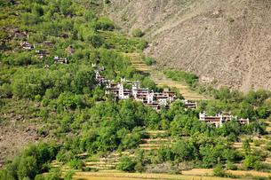 チベット族の村の写真素材 [FYI02643813]