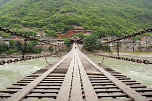 濾定橋の写真素材 [FYI02643985]