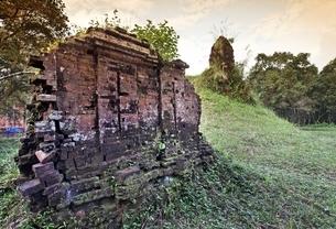 temple ruins, Group E, My Son, Vietnamの写真素材 [FYI02644353]