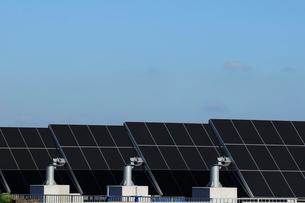 葛西水再生センターの太陽光パネルの写真素材 [FYI02648371]