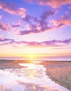 幌内川河口の夕景の写真素材 [FYI02648891]