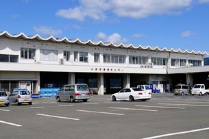 小浜漁港の風景の写真素材 [FYI02649360]