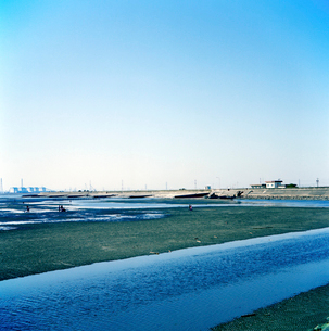 一色海岸の潮干狩りの写真素材 [FYI02649873]