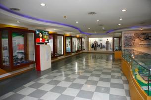 オドゥサン(烏頭山)統一展望台の展示室の写真素材 [FYI02649889]