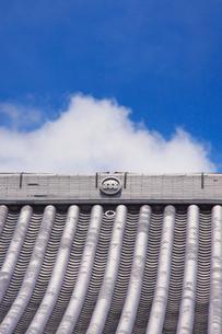 龍顔寺の本堂の屋根の写真素材 [FYI02649934]