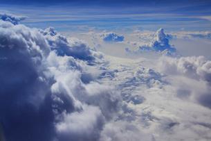入道雲と雲海の写真素材 [FYI02650286]