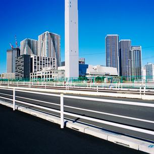 東京晴海地区の新しい高層マンションの写真素材 [FYI02650405]