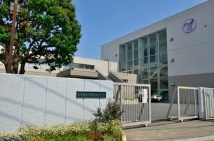 東京都立大泉桜高等学校の写真素材 [FYI02650436]