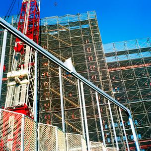 ビル建設現場の写真素材 [FYI02650659]