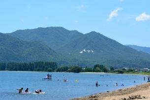 琵琶湖,近江白浜水泳場の写真素材 [FYI02650827]