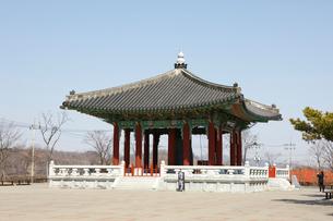 臨津閣の平和の鐘の写真素材 [FYI02650980]