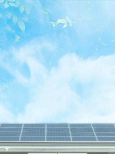 屋根のソーラーパネルの写真素材 [FYI02651210]