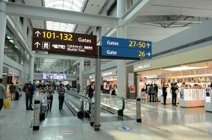 インチョン空港コンコースの写真素材 [FYI02651399]