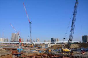 工事中の豊洲新市場の写真素材 [FYI02651550]