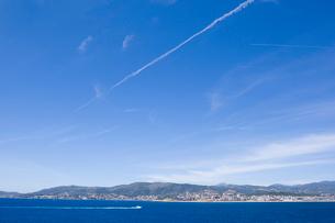 海からのマジョルカ島遠望の写真素材 [FYI02652073]